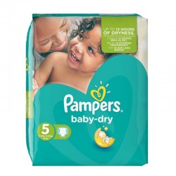 Pack 90 couches Pampers Baby Dry sur Couches Poupon